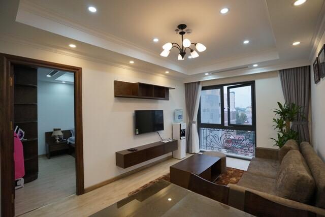 02 bedroom serviced apartment near Vincom Center Ba Trieu