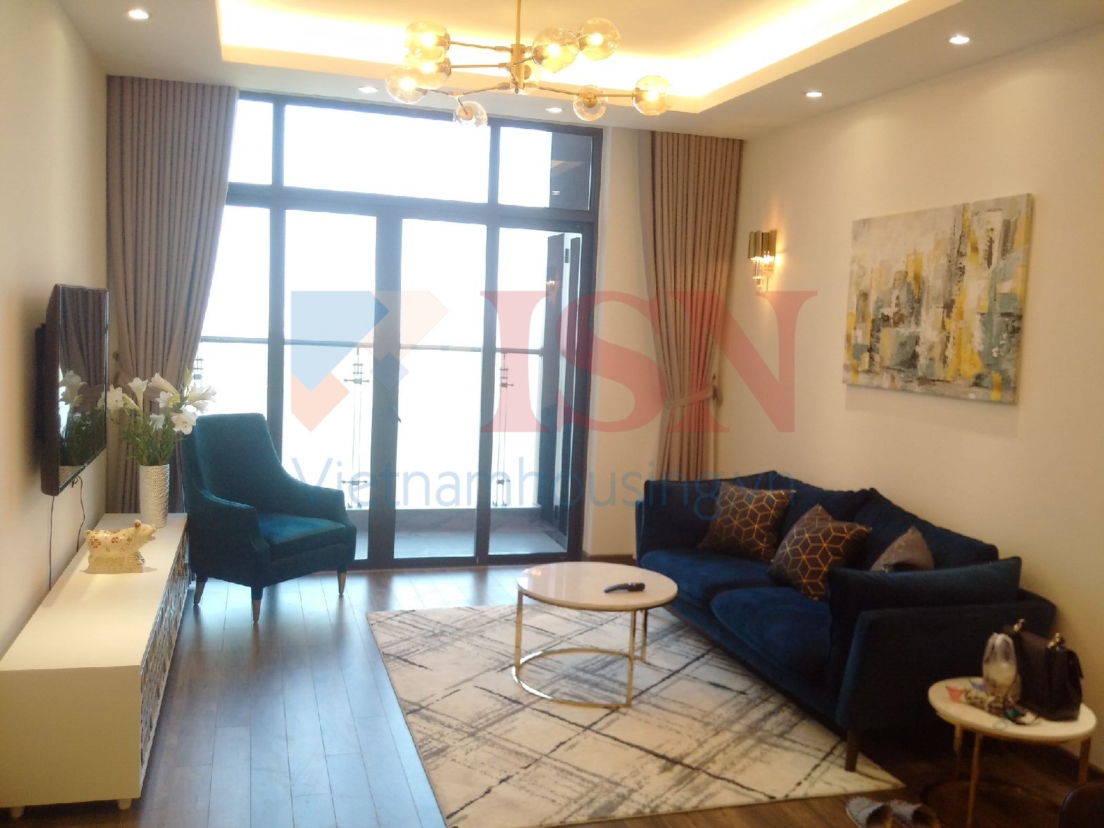 A modernly furnished apartment in Sun Grand City Ancora