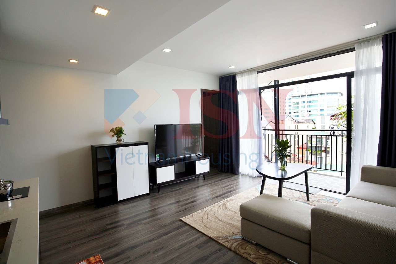 Newly renovated apartment in Kim Ma